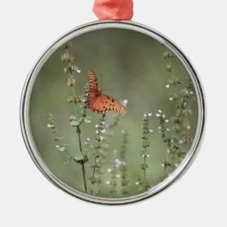 Ornement Rond Argenté Papillon de fritillaire de Golfe