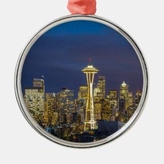 Ornement Rond Argenté Ville de Seattle pendant même le panorama bleu