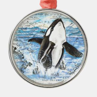 Ornement Rond Argenté Violation de la carte antique d'orque