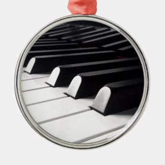 Ornement Rond Argenté Vue de piano