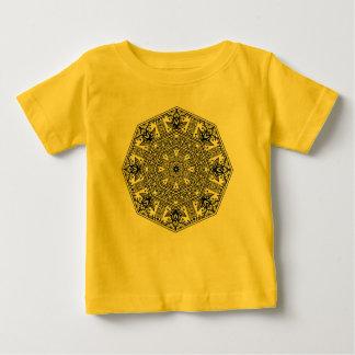 Ornement rond de mandala t-shirt pour bébé