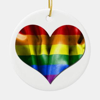 Ornement rond de Noël de drapeau de coeur d'amour