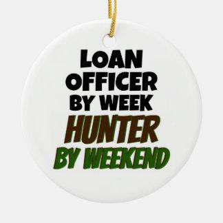 Ornement Rond En Céramique Agent de prêts par le chasseur de jour par