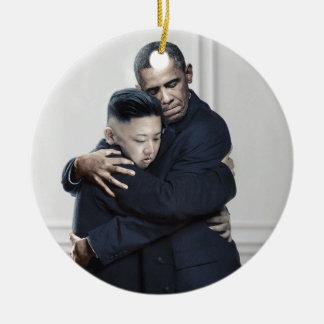Ornement Rond En Céramique Amour de l'ONU Corée du Nord d'Obama Kim Jong