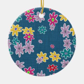 Ornement Rond En Céramique Arrière - plan bleu avec le motif de fleurs coloré