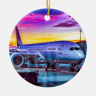 Ornement Rond En Céramique Avion garé à l'aéroport de Barajas, Madrid,