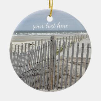 Ornement Rond En Céramique Barrière patinée de plage et plage d'océan