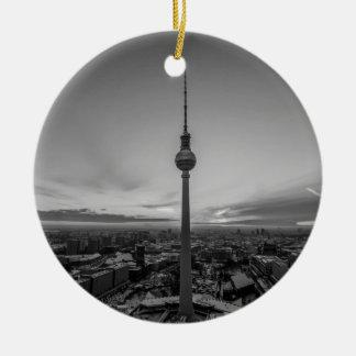 Ornement Rond En Céramique Berlin noir et blanc à l'hiver