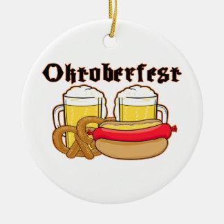 Ornement Rond En Céramique Bratwurst et bière d'Oktoberfest