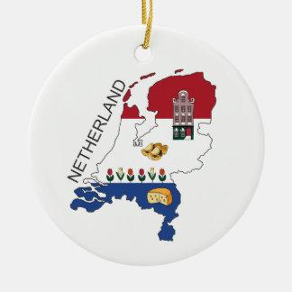 Ornement Rond En Céramique Carte et Fkag de Pays-Bas