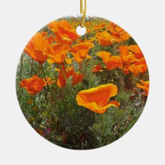 Ornement Rond En Céramique Champ orange de pavot des fleurs