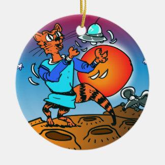 Ornement Rond En Céramique chat de l'espace jouant avec la bande dessinée