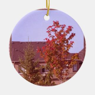 Ornement Rond En Céramique Chemises de cadeaux d'Oakville Ontario d'arbre de