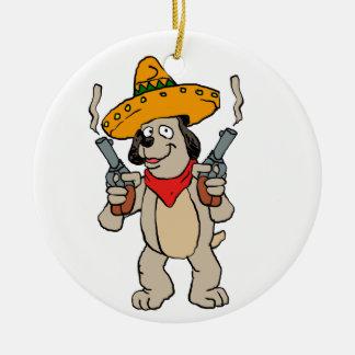 Ornement Rond En Céramique Chien mexicain avec des revolvers