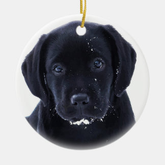 Ornement Rond En Céramique Chiot de neige - Labrador noir