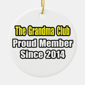Ornement Rond En Céramique Club de grand-maman. Membre fier depuis 2014