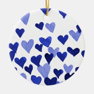 Ornement Rond En Céramique Coeurs d'aquarelle de Saint-Valentin - bleu