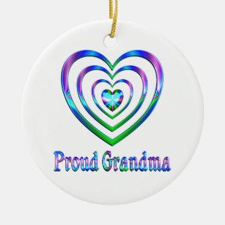 Ornement Rond En Céramique Coeurs fiers de grand-maman