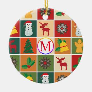 Ornement Rond En Céramique Collage de Noël avec le monogramme