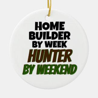 Ornement Rond En Céramique Constructeur de maisons par le chasseur de semaine