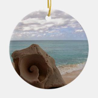 Ornement Rond En Céramique Coquillage tropical de plage de Noël