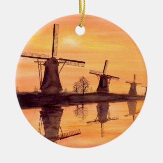 Ornement Rond En Céramique Coucher du soleil de moulins à vent - peinture