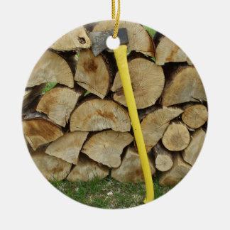 Ornement Rond En Céramique Décoration en bois de pile et de hache