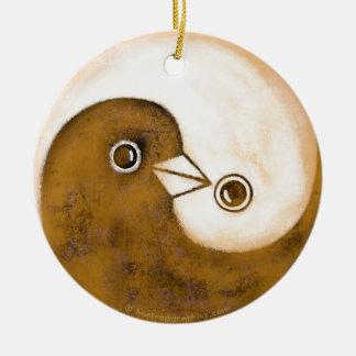 Ornement Rond En Céramique Décoration en céramique de colombes de paix de Yin