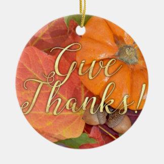 Ornement Rond En Céramique Donnez le thanksgiving d'automne de typographie de