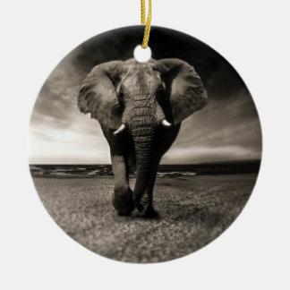 Ornement Rond En Céramique Éléphant sur la course