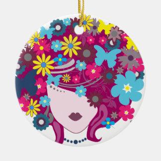 Ornement Rond En Céramique Femme florale de cheveux de papillon