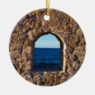 Ornement Rond En Céramique Fenêtre vers la mer Égée