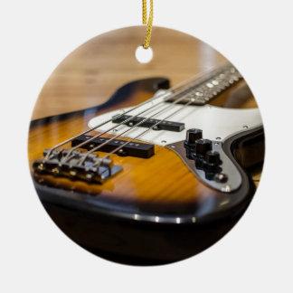 Ornement Rond En Céramique Ficelles basses basses d'instrument de la guitare