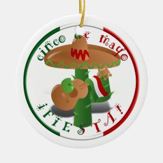 Ornement Rond En Céramique Fiesta de Cinco De Mayo !  Cactus avec le sombrero