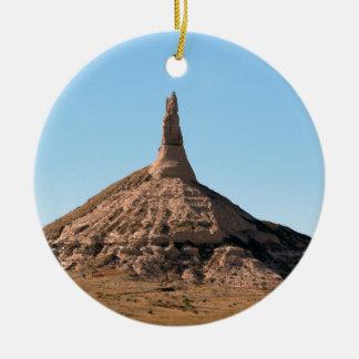 Ornement Rond En Céramique Flèche de roche de cheminée de Scottsbluff