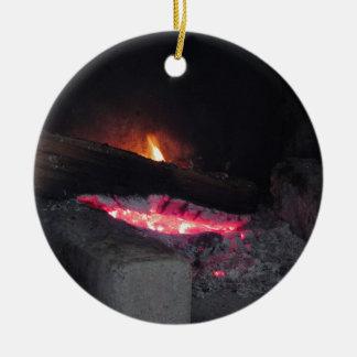Ornement Rond En Céramique Flèches de la chaleur de flamme du feu en bois