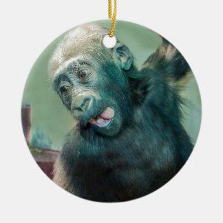 Ornement Rond En Céramique Gorille de bébé