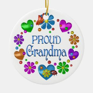 Ornement Rond En Céramique Grand-maman fière