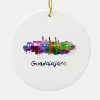 Ornement Rond En Céramique Guadalajara skyline in watercolor