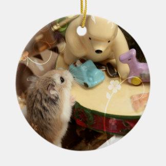 Ornement Rond En Céramique Hammyville - vacances mignonnes de hamster