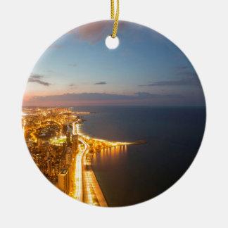 Ornement Rond En Céramique Horizon de nuit de Chicago