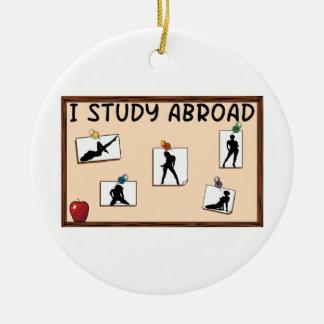 Ornement Rond En Céramique J'étudie à l'étranger