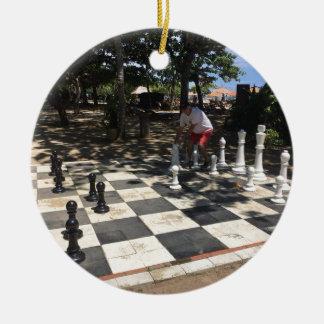 Ornement Rond En Céramique Jouer aux échecs dans Bali