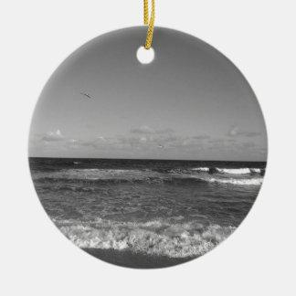 Ornement Rond En Céramique Jour de plage