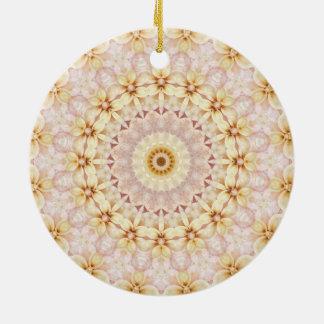 Ornement Rond En Céramique Kaléidoscope floral rose romantique d'art de