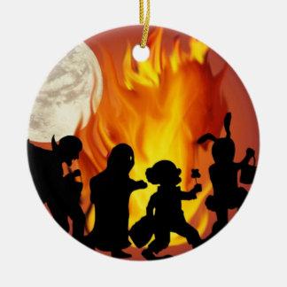 Ornement Rond En Céramique La danse d'Halloween -
