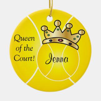 Ornement Rond En Céramique La reine jaune du tennis Ball| de la cour