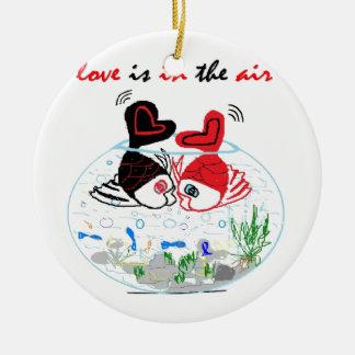 Ornement Rond En Céramique L'amour est dans le ciel