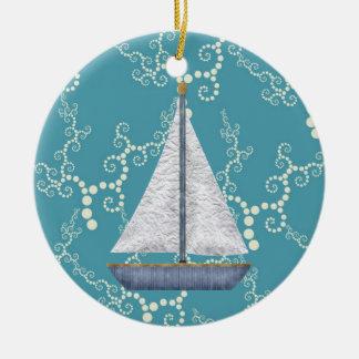 Ornement Rond En Céramique L'eau de tourbillonnement personnalisée de voilier