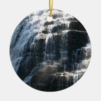 Ornement Rond En Céramique Les cascades chez Ithaca tombe New York